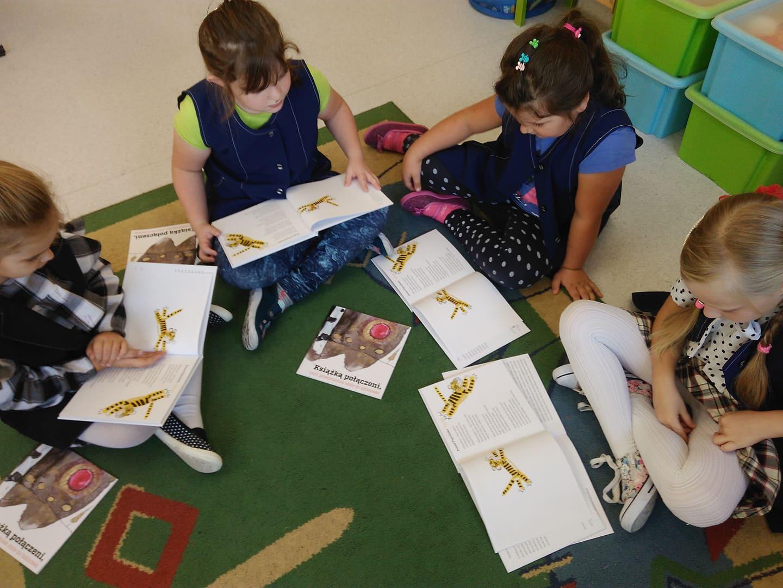 Pierwsze Czytanki Szkoła Podstawowa W Miejscu